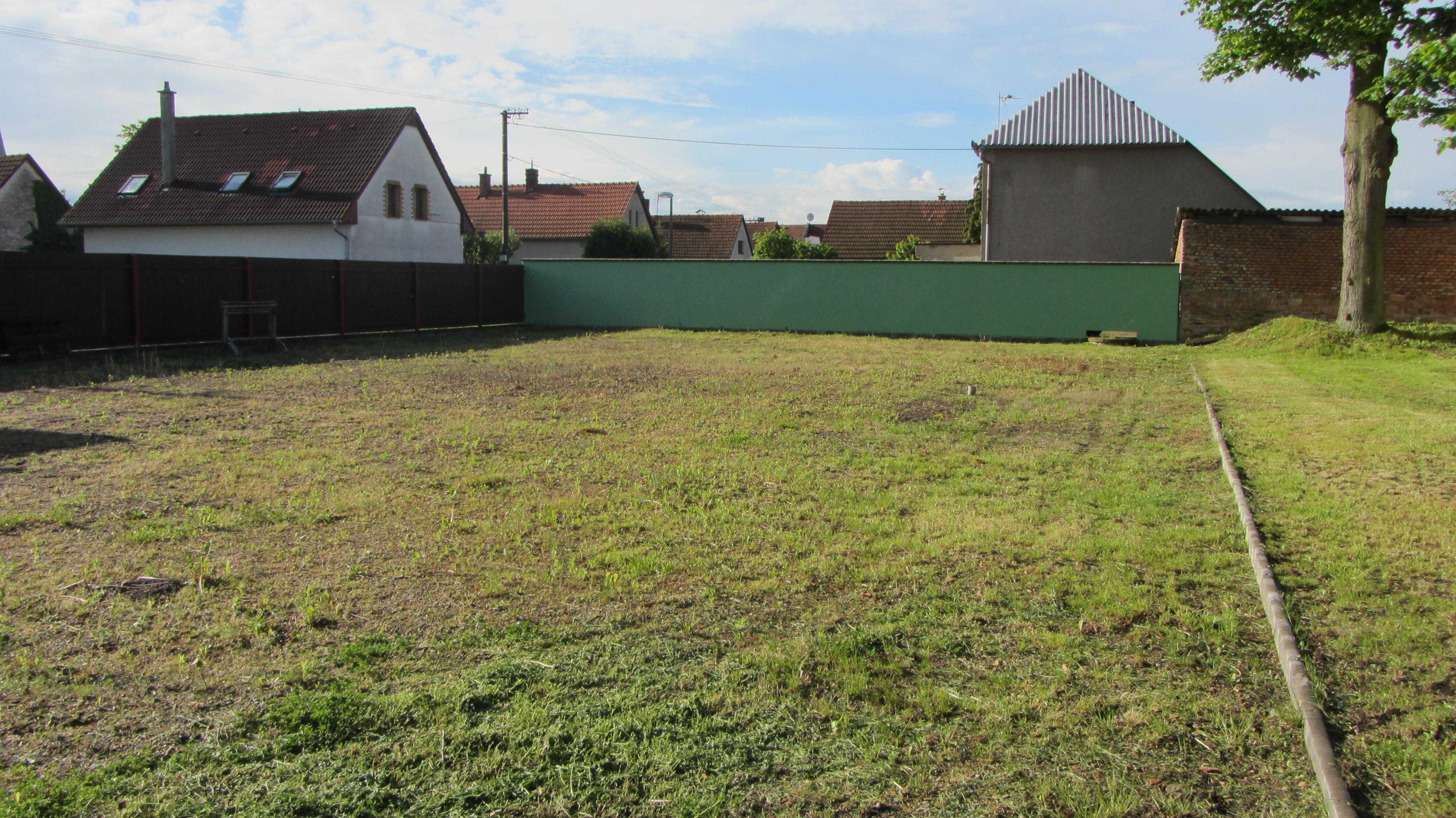 hřiště před rekonstrukcí